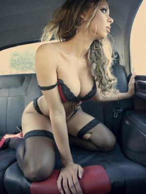 Aura from Augusta Springs, Virginia is looking for adult webcam chat