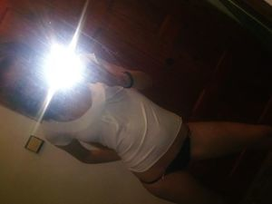 Emmaline from Braintree Town, Massachusetts is looking for adult webcam chat